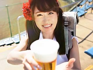 現役ビール売り子がAV!