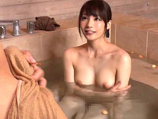 鈴村あいりと混浴事故!?