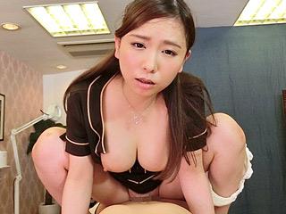 VR美人巨乳を幽体離脱ハメ!?